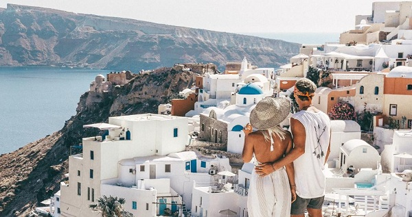 Wow, Pasangan ini Dibayar Rp 120 Juta Tiap Upload 1 Foto di Instagram!