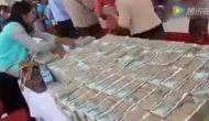 Permalink to Ajal Sudah Dekat, Miliarder ini Bagi-Bagi Uang kepada Orang Miskin