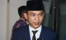 Permalink to Ketua DPRD Sintang Minta Masyarakat Patuhi Prokes