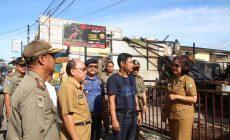 Permalink to Sekretaris Daerah Sintang Tinjau Lokasi Kebakaran di Kawasan Pasar Inpres